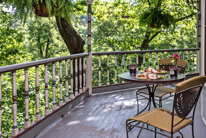 Eureka Springs Bed and Breakfast for sale